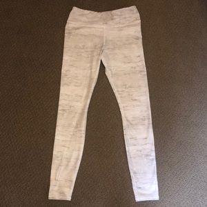 ALO Yoga Airbrush Legging- Sequoia Print, Medium